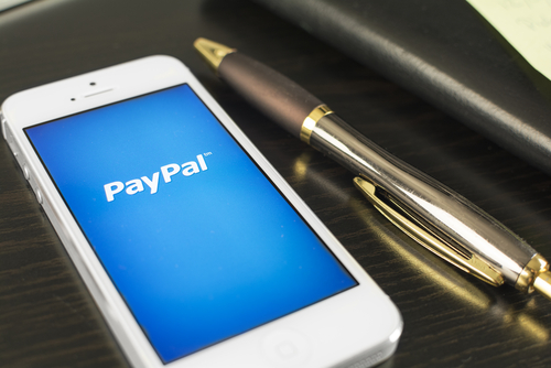 PayPal Expands 'Selfie' Mobile Payments Into Canada