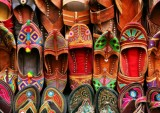 India Market Shoes feature