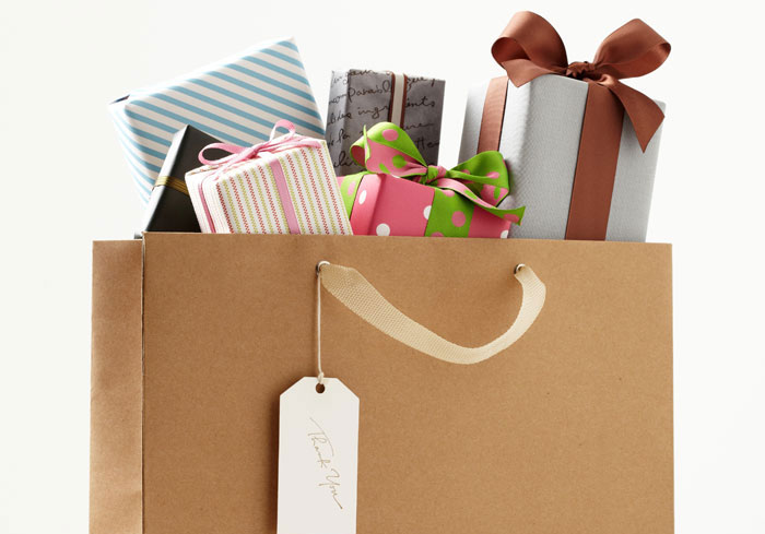 Gifts-Photo-700x489