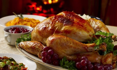 Thanksgiving-Turkey-Dinner-