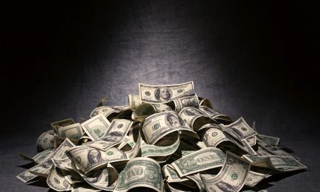Cash On Hand Linked To Happiness