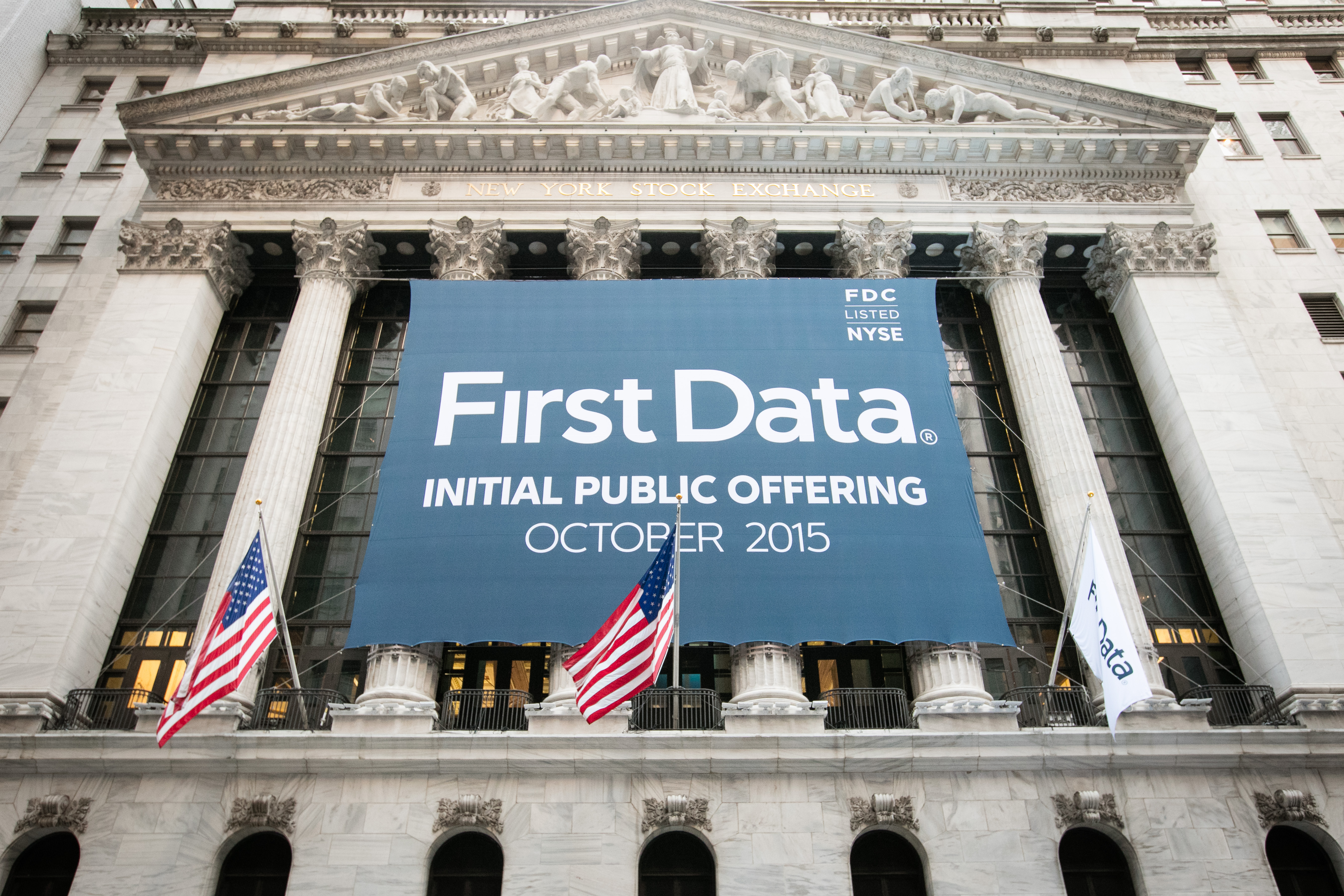 Faulty Use Of Data Threatens Early >> First Data One Year After The Ipo