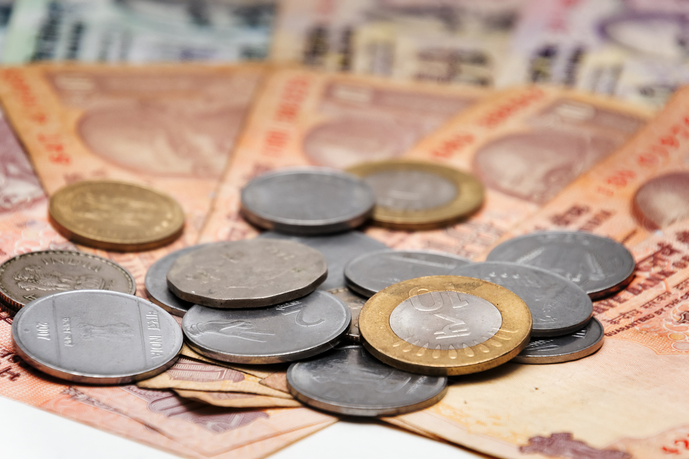 India Banks React To Banknote Change