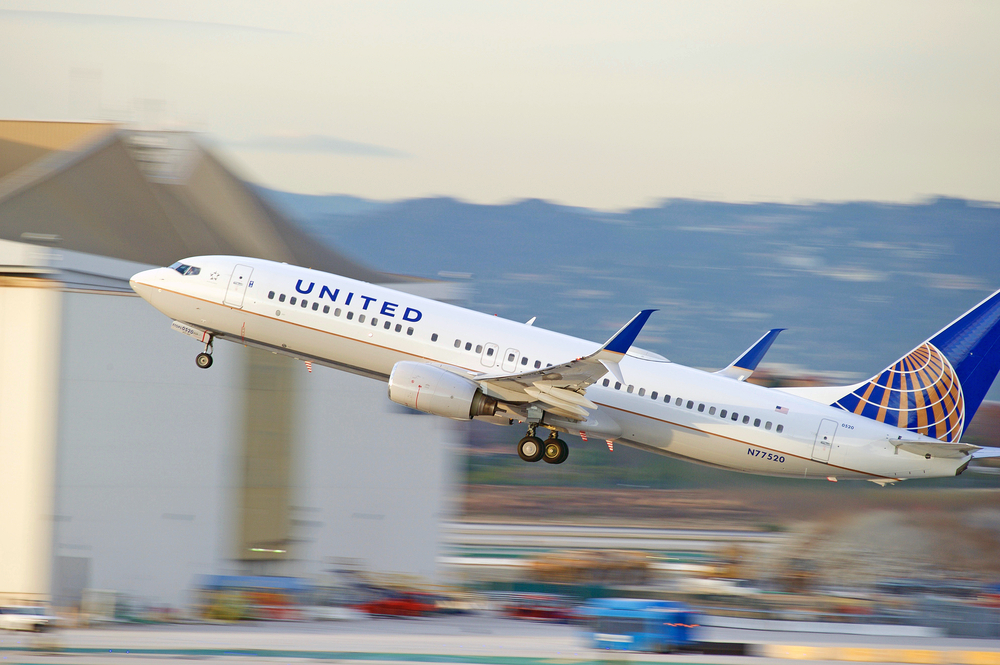 United Airlines Working With Apple, IBM For Employee Apps