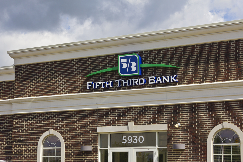 Fifth Third Bank Debuts Cardless Atms Pymnts Com