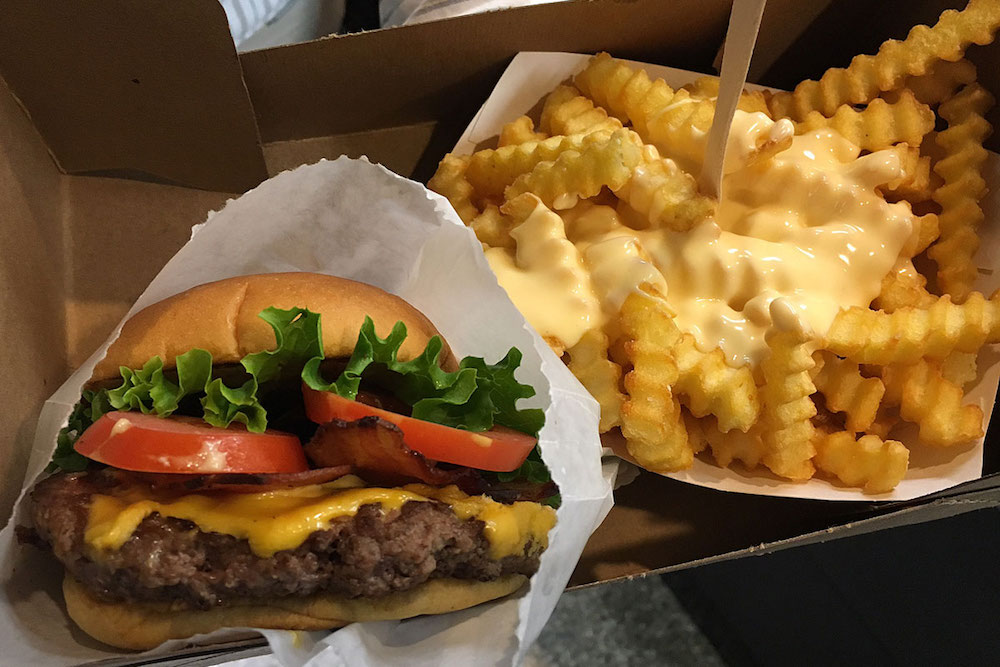Shake Shack Goes Cashless In NYC