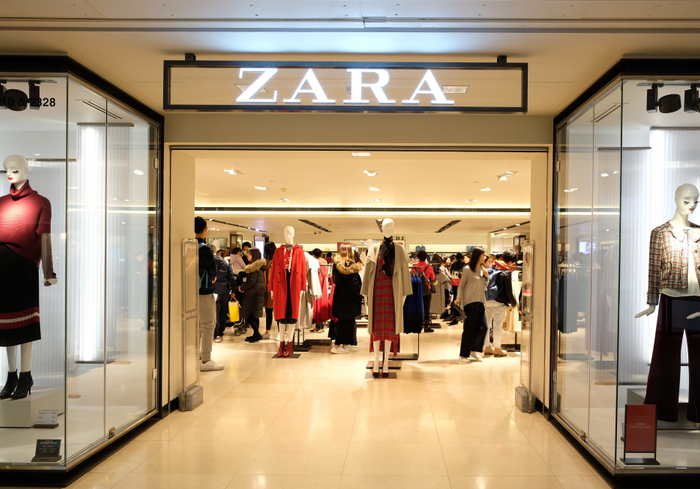 Zara Introduces Robots To Speed Up Online Order Pickup