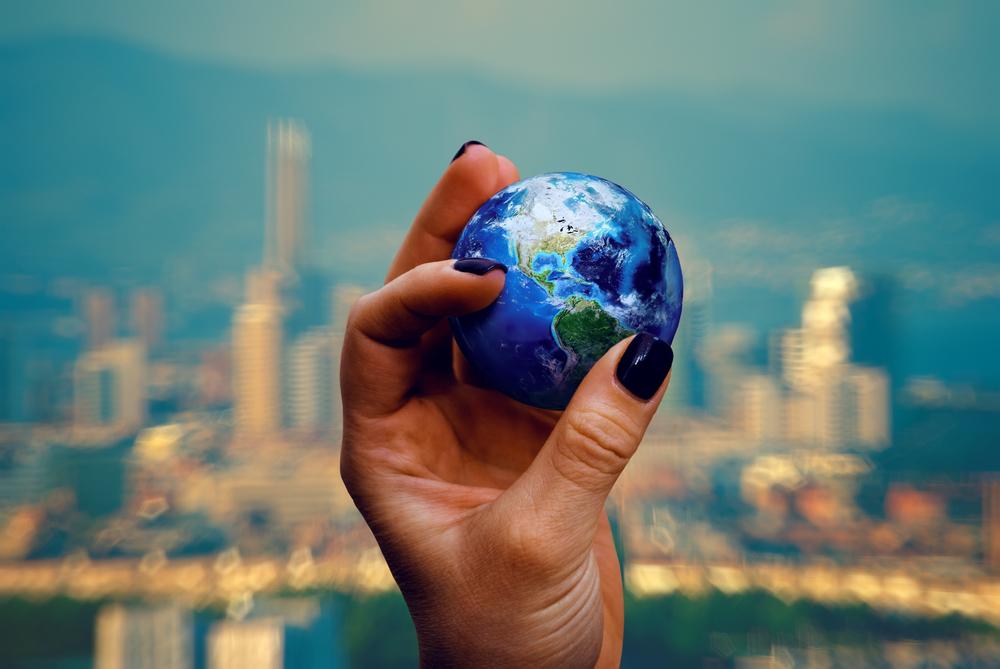 globe small world
