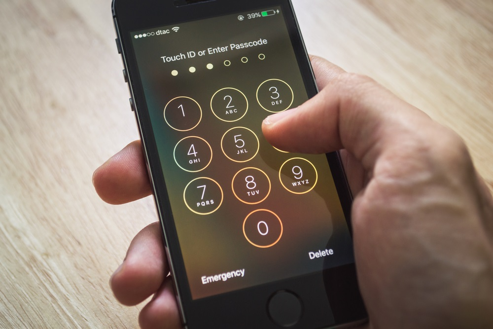 Italy's Antitrust Watchdog Fines Apple, Samsung