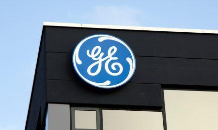 GE Slashing Quarterly Dividend, Reorganizing