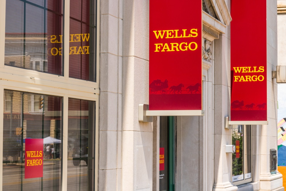 Chief Administrative Officer, Chief Auditor At Wells Fargo Take Leaves Of  Absence