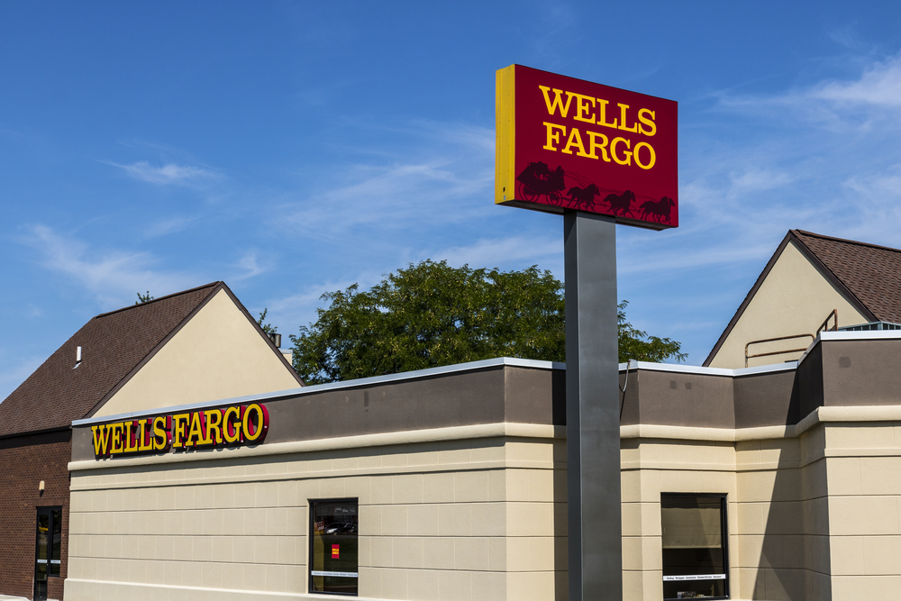 Wells Fargo App Update Eyes Recurring SMB Payments Control