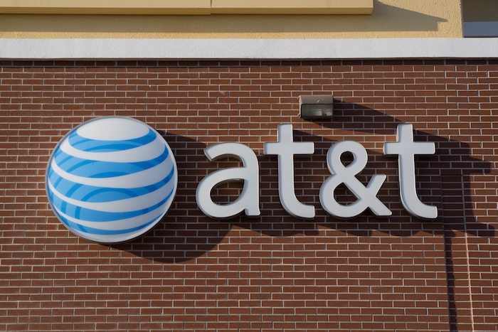 AT&T, T-Mobile Sued Over Mobile Crypto Thefts