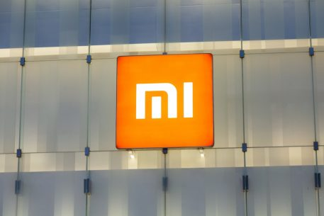 Xiaomi Launches Mi 8 Pro Smartphone In UK