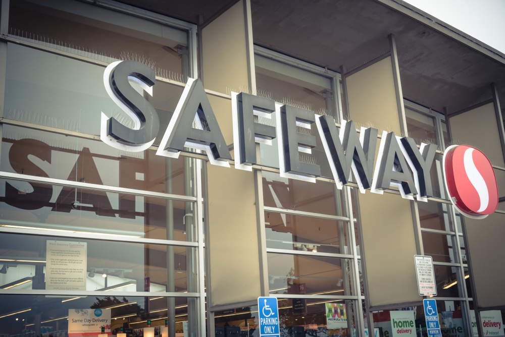 "Two Safeway stores in the Phoenix area are now offering artificial intelligence-powered medical clinics through a partnership with Akos Med Clinic. A leader in the urgent care and telemedicine arenas, Akos Med Clinic has a location in the Safeway at 926 E. Broadway Road, right near Arizona State University. A Glendale location, at 20205 N. 67th Avenue, is also now open. There are plans to expand the clinic to 50 additional Safeway locations throughout Arizona by mid-2019, as well as to the other states. This first-of-its-kind clinic utilizes technology developed by AdviNOW Medical so that many common conditions, such as sinus infections, earaches, sore throats, rashes, UTIs, strains and sprains, can be quickly and effectively treated. ""In a time when digital health is rapidly evolving, we are excited to bring this unprecedented approach to virtual medical care,"" Akos CEO and Co-founder Kishlay Anand, MD said in a press release. ""At Akos, we're committed to improving access to high-quality medical care, and this partnership will expand our telehealth offering beyond the capabilities of our telemedicine app by placing these clinics where consumers regularly shop."" As patients sit in front of a computer screen and simple-to-use, FDA-approved medical devices, they are guided by AR on how to collect their own data, such as weight, temperature, blood pressure and blood oxygen content, as well as ear, nose and throat images and chest, lung and abdomen sounds. Follow-up questions are asked until a diagnosis can be made, with the total process typically taking less than 15 minutes. The data collected is then sent electronically to an Akos healthcare provider, who will then video chat with the patient to confirm the AI-collected information, verify the diagnosis and confirm or change the treatment plan. A healthcare professional will also be on-site if assistance is needed. The AI also sends the prescription and/or test orders to the appropriate healthcare partner, and will follow up with the patient to check health status and schedule a follow-up visit, if needed. ""We believe our technology will solve the persistent problem of access to healthcare by making the patient and provider visit more efficient, allowing more patients to be seen in a day,"" said AdviNOW Medical Founder and CEO James Bates. ""Thanks to the AI, the collection and accuracy of the patient-visit data is significantly improved, impacting the overall quality and safety of the visit and overall health outcomes."""