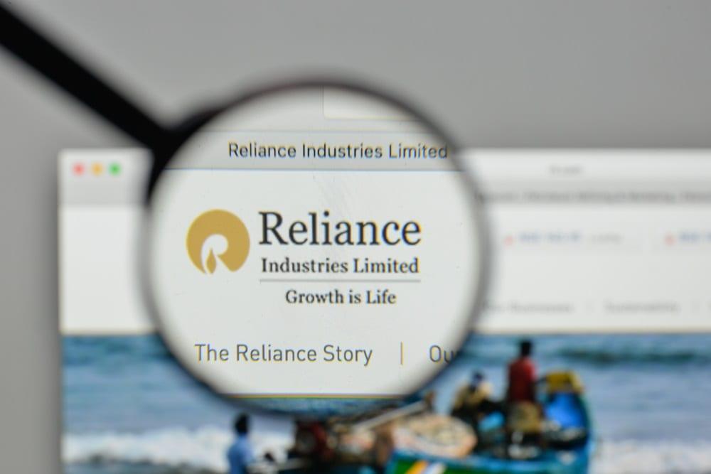 India's Reliance To Raise $563M To Take On Amazon, Walmart