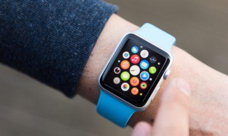 Insurers Mull Bringing Apple Watches to Seniors