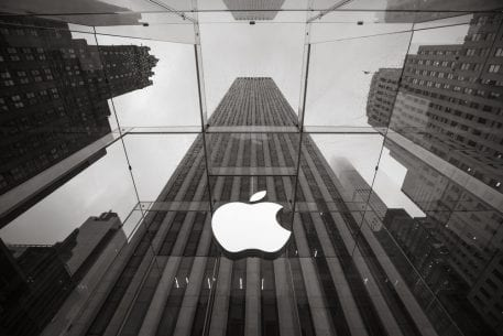 Apple Teases New Wearable, Glass Phone In Patents