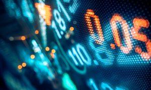 Retail Stocks Slide on Macy's, Kohl's Weak Sales