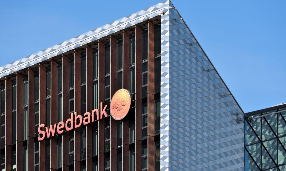Estonia AML Investigation Widens To Include Swedbank