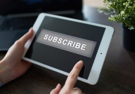 Why Subscription Merchants Are Offering Mobile Optimization With Payments