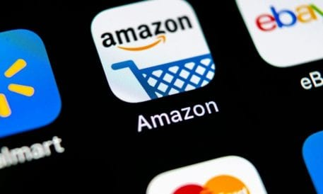 Amazon Tries Out Pop-Up Ads Over Rivals' Products