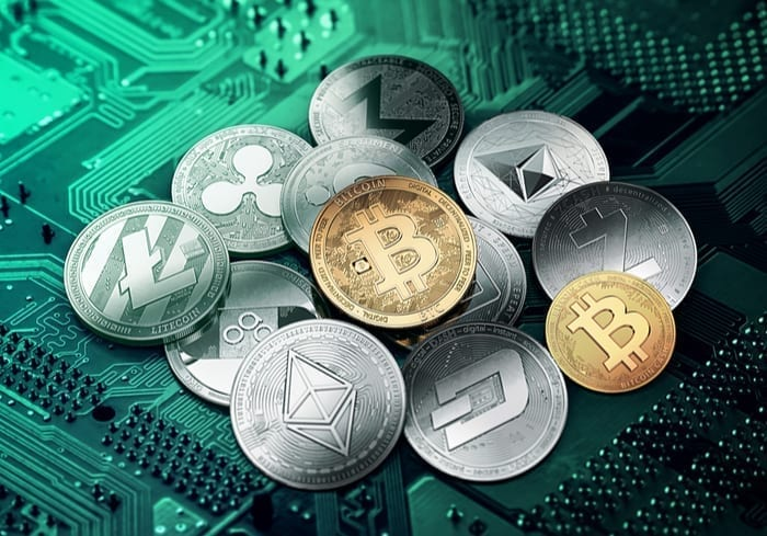 Will Smartphone Makers Cozy Up To Cryptocurrencies?