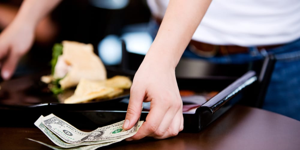 Deep Dive: How Real-Time Payments Are Changing How Businesses Pay Out Tips