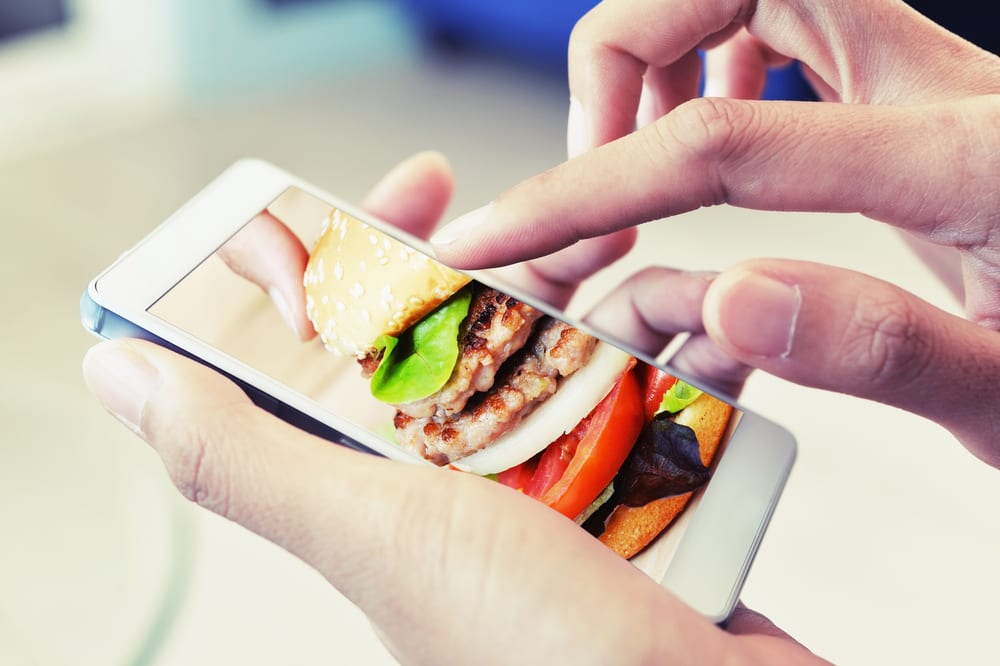 How Digital Platforms Are Changing Food Ordering