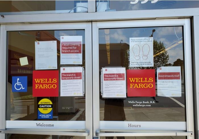 Analysts Lower Wells Fargo Rating Pymnts Com