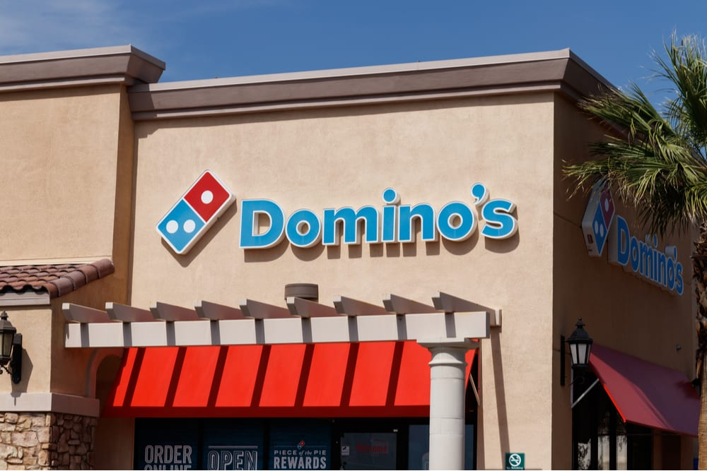 Domino S Unveils Carside Delivery Option Pymnts Com
