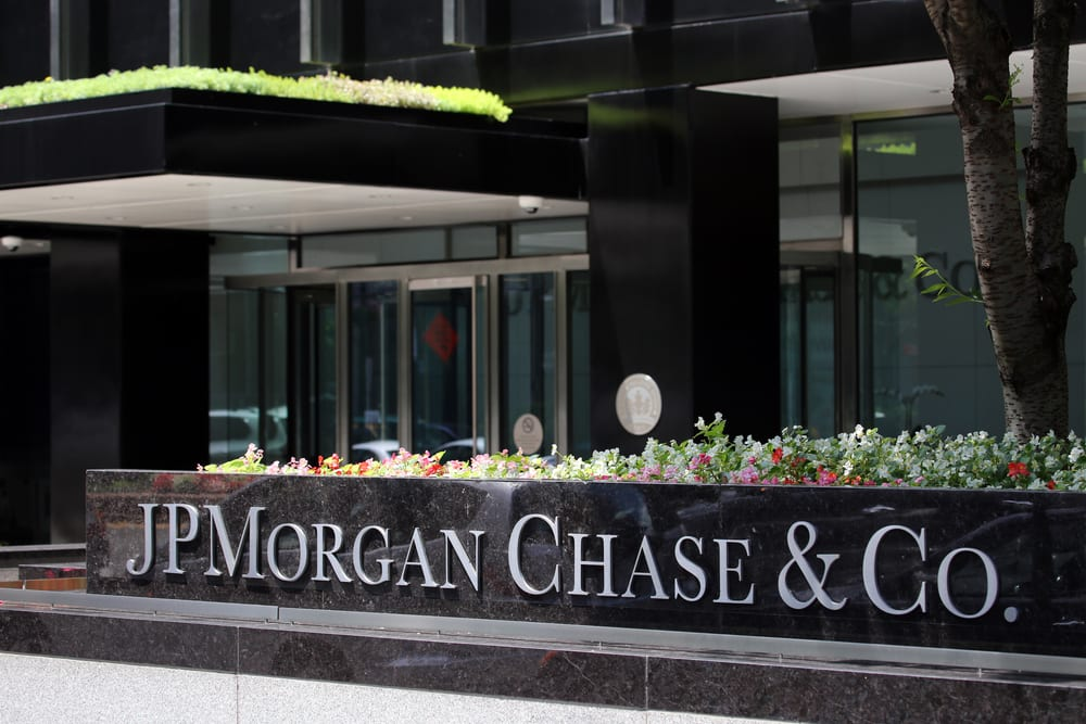 Jpmorgan Staffers Fired Over Relief Fund Thefts Pymnts Com